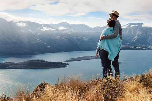 Picnic on a Peak in Queenstown New Zealand - Honeymoon Travel, Special Occasion Vacations - Australia, New Zealand, Fiji, Tahiti Travel Agency