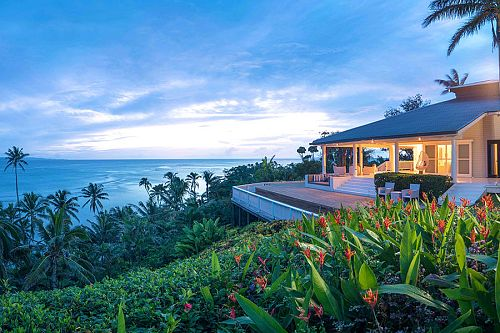 Luxury Fiji Vacations: Raiwasa Family Package