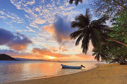 Luxury Fiji vacation packages - Matangi Private Island Resort Fiji