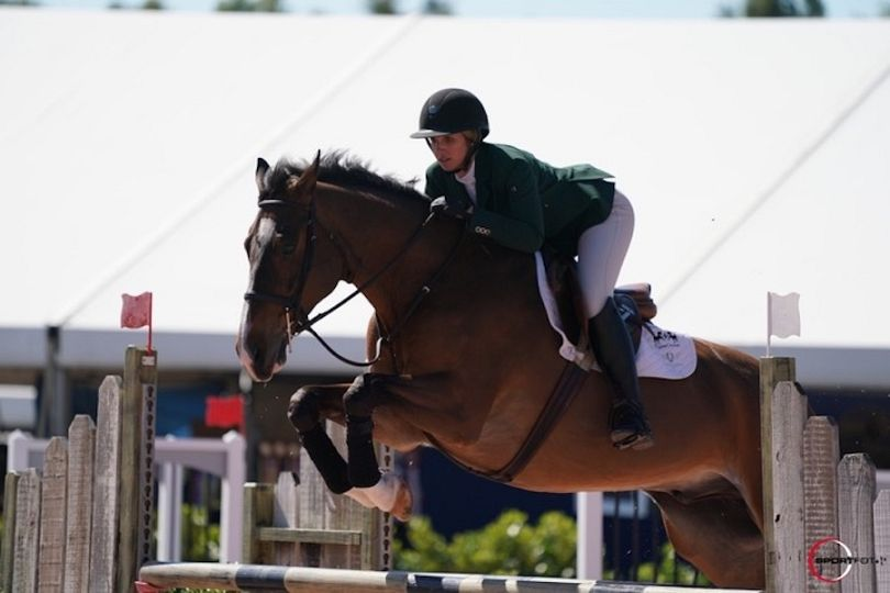 Lauren Hurst - Horse Jumping