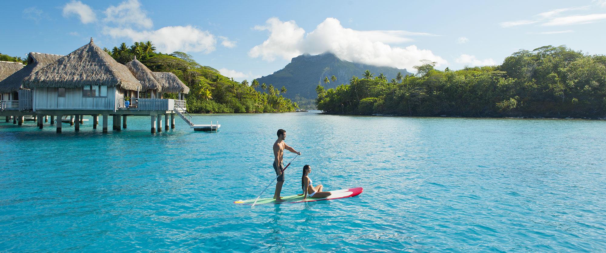 Bora Bora Honeymoons: Beach Resorts and Overwater Bungalow Vacation