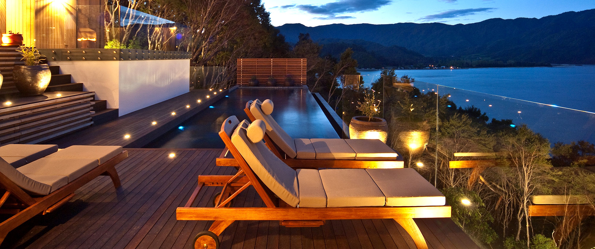 New Zealand Luxury Vacation - Split Apple Retreat