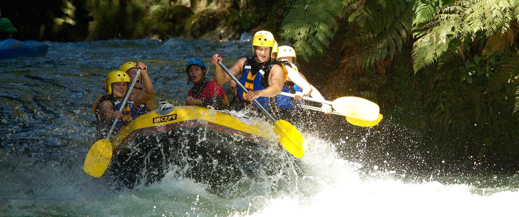 New Zealand Honeymoon Package: Outdoor Adventure - Rotorua Rafting