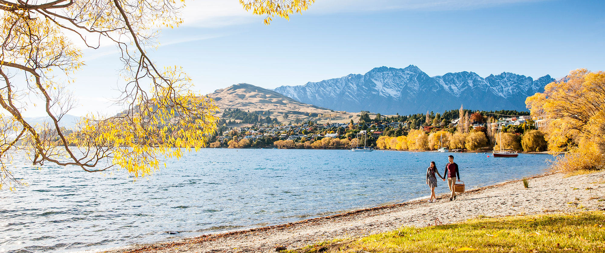 Queenstown-New-Zealand-vacation-Lake-Wakatipu