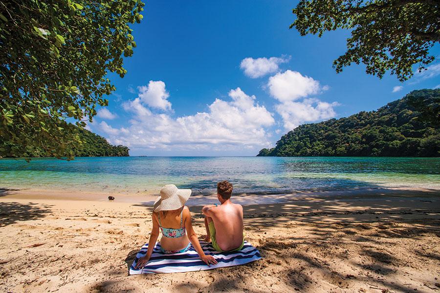 Fiji Overwater Bungalows Fiji Beach Resort Honeymoon