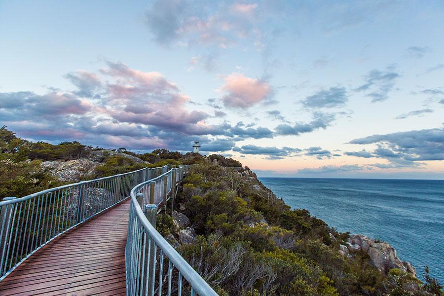 Australia Tasmania Vacations - Freycinet Lodge