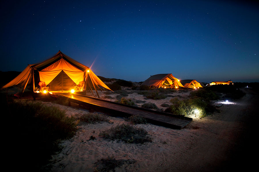 Australia Vacation Packages - Luxury Australia Trips - Sal Salis Ningaloo Reef