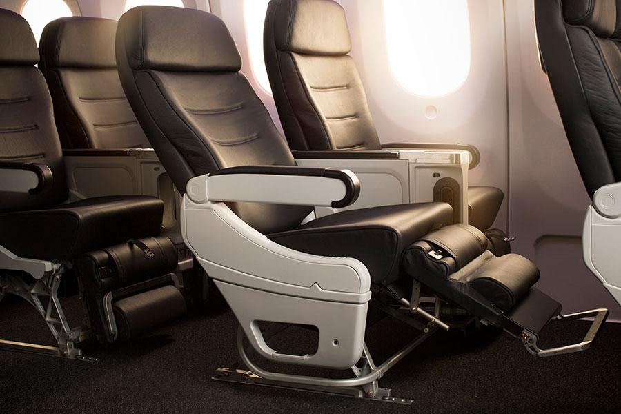 Fly Air New Zealand - Premium Economy Cabin