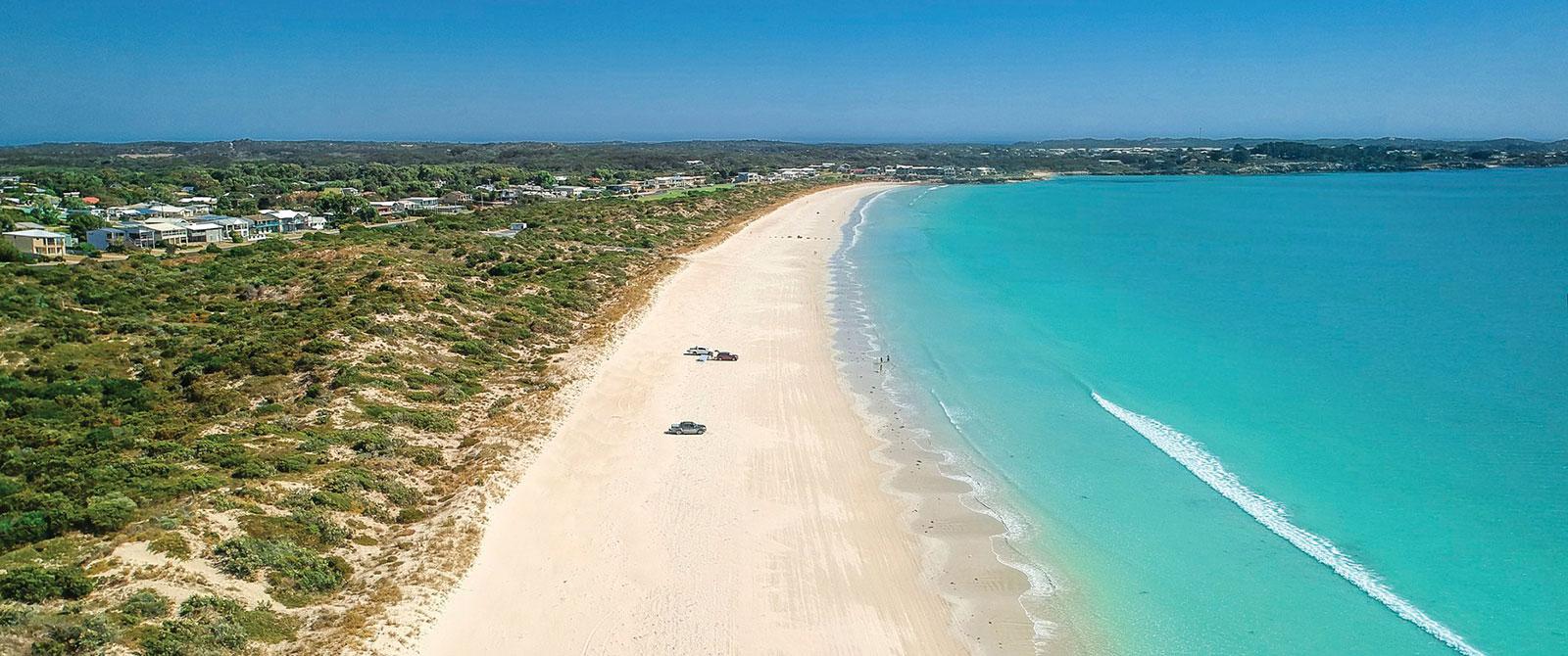 Great Ocean Road Tour - Australia Vacations - Long Beach South Australia